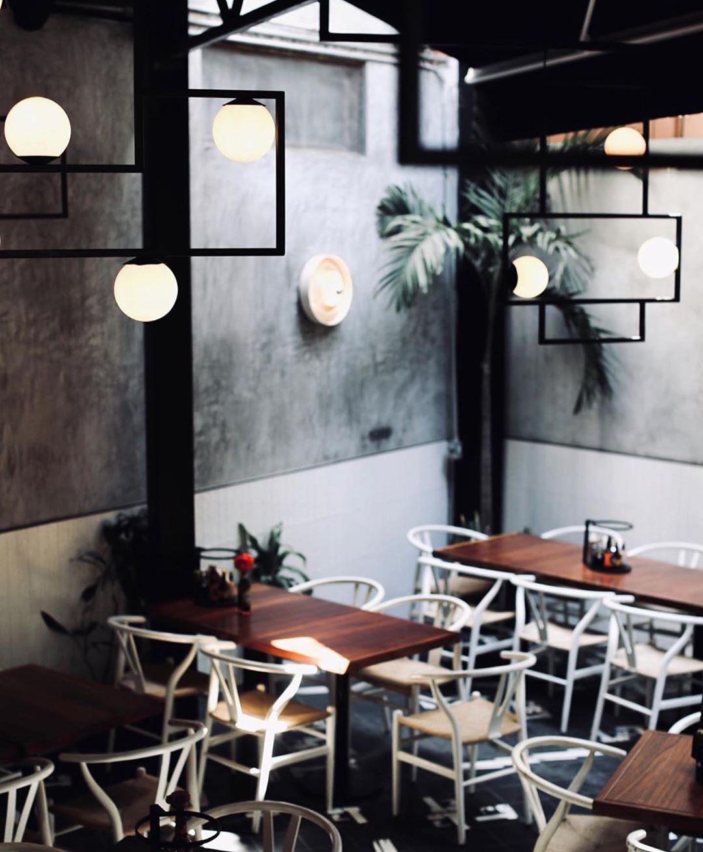 logan-rustica-lamparas-patio